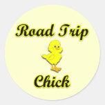 Polluelo del viaje por carretera pegatinas redondas