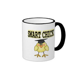 Polluelo elegante taza de dos colores