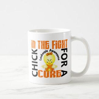 Polluelo en la leucemia de la lucha taza