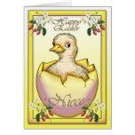 Polluelo feliz de Pascua con el huevo, para la Felicitacion