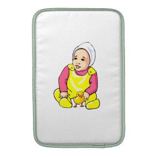 polluelo humano del amarillo del bebé y outfit png funda para macbook air