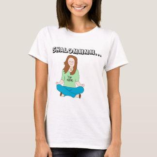 Polluelo judío divertido Shalommm de la yoga Playera