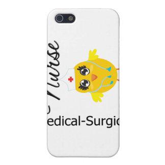 Polluelo Médico-Quirúrgico v1 de la enfermera iPhone 5 Cárcasas