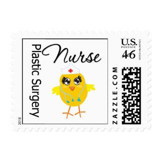 Polluelo v1 de la enfermera de la cirugía plástica