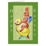 polluelo y conejito felices, tarjeta de pascua