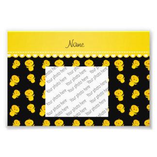 Polluelos amarillos negros conocidos fotografías