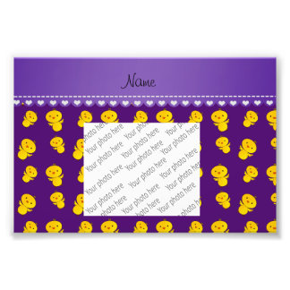 Polluelos amarillos púrpuras conocidos fotografía