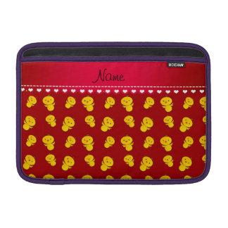 Polluelos amarillos rojos conocidos personalizados fundas MacBook