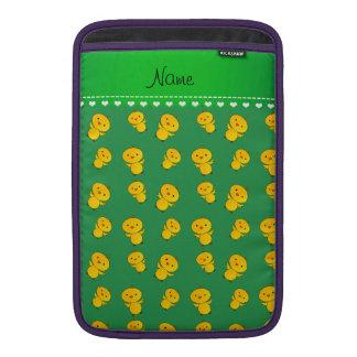 Polluelos amarillos verdes conocidos funda  MacBook