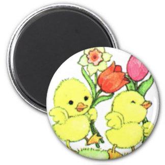Polluelos de Pascua con las flores Iman De Nevera