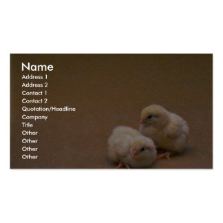 Polluelos del bebé en fondo del oro tarjeta de visita