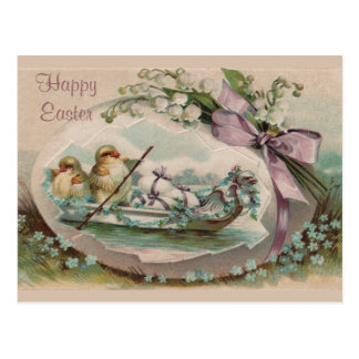 Polluelos del bebé que reman la postal de Pascua d