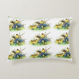 Polluelos del estilo del vintage y almohada de cojín decorativo