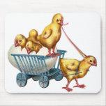 polluelos del huevo y del bebé de Pascua Tapetes De Ratón