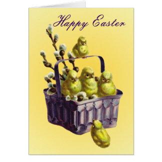 Polluelos felices de Pascua en cesta Felicitacion