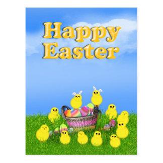 Polluelos 'n una cesta de Pascua Tarjetas Postales