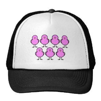 Polluelos rosados gorros bordados