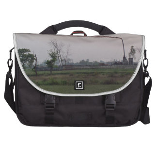 Pollution and global warming commuter bag
