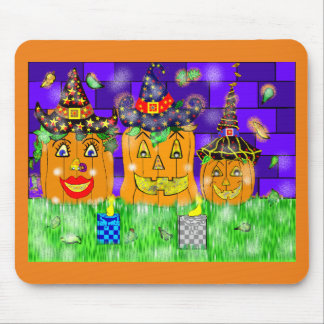 Polly Winkle Pumpkin Family Mouse Pad