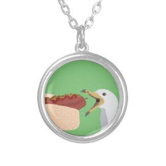 pølse round pendant necklace