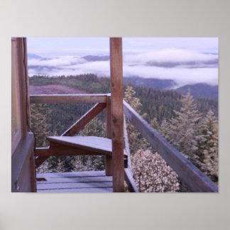 Polvo de la nieve, puesto de observación del fuego póster