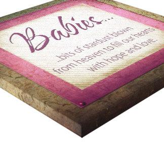 polvo rosado del bebé impresión en lienzo estirada
