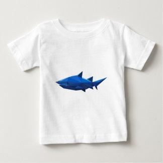 polygon art triangle graphic shark playera