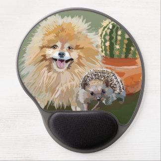 Pomeranian and Hedgehog Mousepad Round