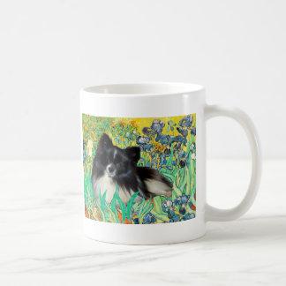 Pomeranian (BW) - iris Taza Clásica