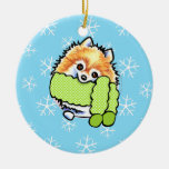 Pomeranian lo dejó nevar ornamentos de reyes