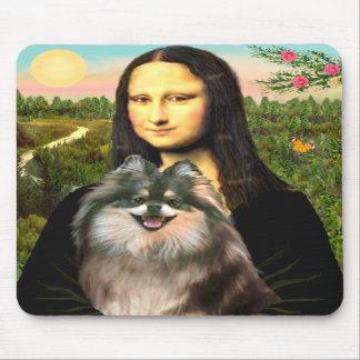 Pomeranian (parti) - Mona Lisa Mouse Pads