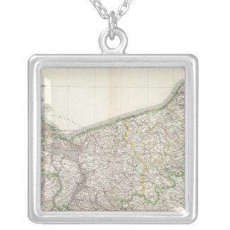 Pommern Square Pendant Necklace