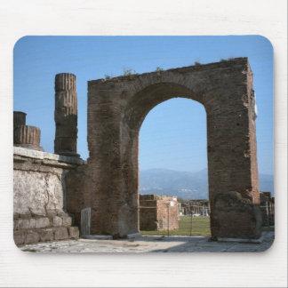 Pompeya, arco de Nero Alfombrillas De Ratones