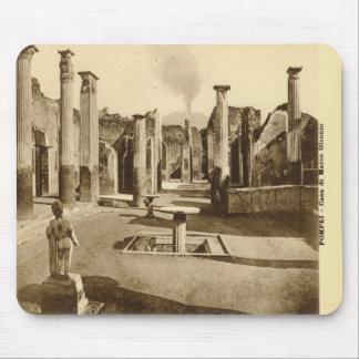 Pompeya, chalet con una estatua alfombrillas de ratones