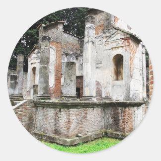 Pompeya - primer de un templo pagano antiguo pegatina redonda