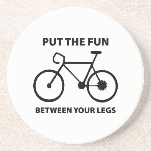 Ponga la diversión entre sus piernas posavasos personalizados