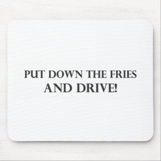 Ponga las fritadas y el Drive pdf en el suelo Alfombrillas De Raton