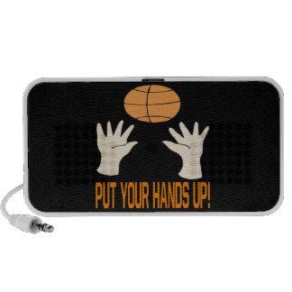 Ponga sus manos iPhone altavoces