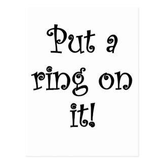 ¡Ponga un anillo en él! Tarjeta Postal
