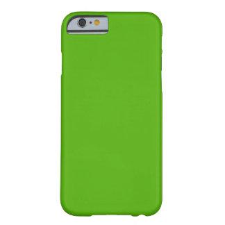 PONGA VERDE el ~ del ~ (del color sólido) (color Funda Para iPhone 6 Barely There