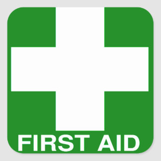 Ponga verde la muestra de los primeros auxilios pegatina cuadrada
