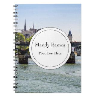Pont des Arts en París, Francia Notebook