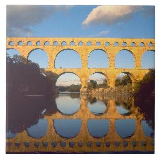 Pont du Gard, río de Gardon, Gard, Languedoc, Azulejo Cuadrado Grande
