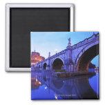 Ponte Sant Ángel y Castel Sant Ángel encima Iman