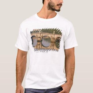 Ponte Sant'Angelo, Tiber River, Rome, Italy T-Shirt