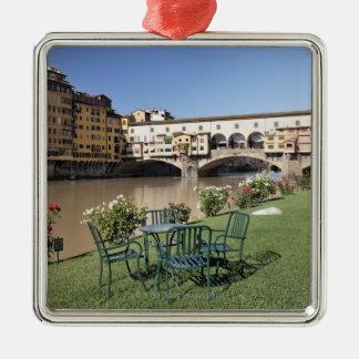 Ponte Vecchio y tabla a lo largo de Arno Rive Adorno De Navidad