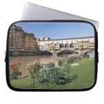 Ponte Vecchio y tabla a lo largo de Arno Rive Funda Computadora