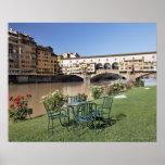 Ponte Vecchio y tabla a lo largo de Arno Rive Impresiones