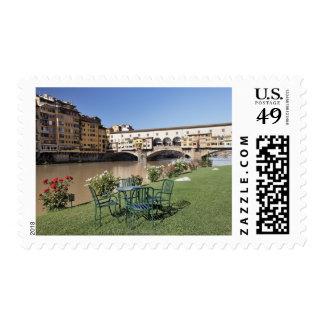 Ponte Vecchio y tabla a lo largo de Arno Rive Envio