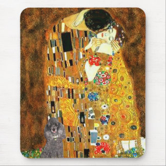 Poodle (8S) - The Kiss Mouse Pad